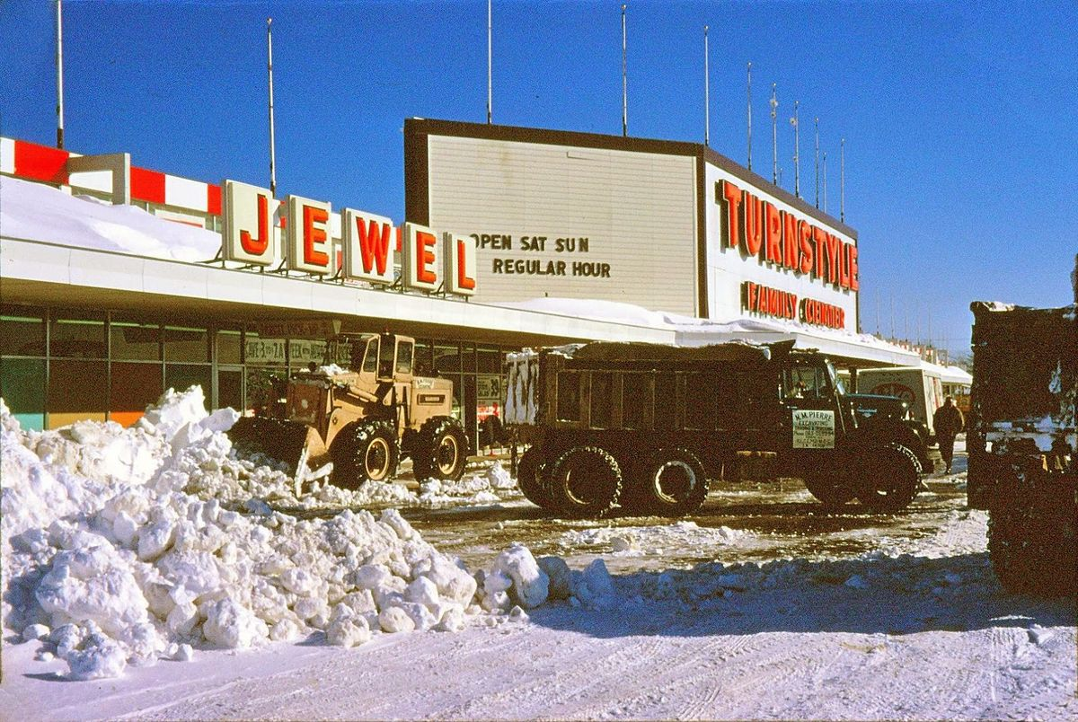 Jewel And Turnstyle In 1967